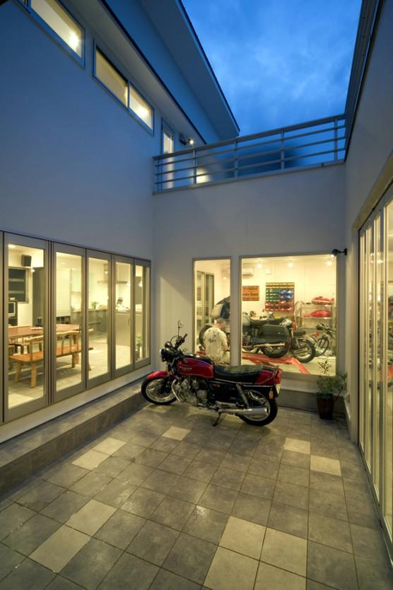 MO-Courtyard1